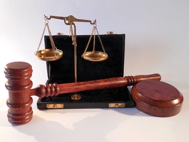 """עו""""ד לתביעות סיעוד"""